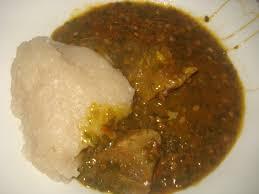 cuisiner manioc gombo à la viande accompagné de couscous de manioc la cuisine