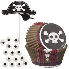 pirate party and cake decorating heaven