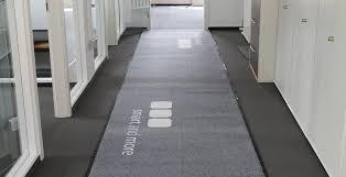 zerbino su misura tappeti su misura zerbini personalizzati asciugapassi e tappeti