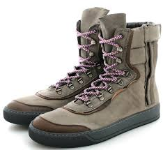 womens boots nyc best s winter boots for nyc mount mercy