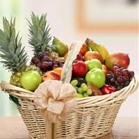 how to make a fruit basket gifts fruits 3