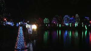 Christmas Lights Columbus Ohio Wildlights At The Columbus Zoo Brrrighter Than Ever Youtube