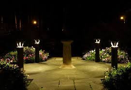 How To Choose Landscape Lighting A Solar Led Landscape Lighting How To Choose The Right One Home