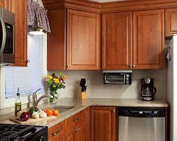 what color quartz goes with oak cabinets and stainless appliances home design ideas and diy project