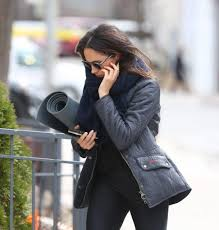Meghan Markle Toronto Home by Meghan Markle Spotted Headed To Yoga Class In Toronto Photos