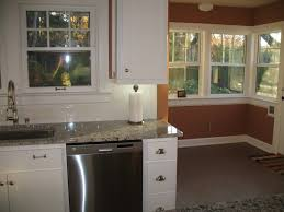 Bianco Antico Granite With White Cabinets Bianco Antico Backsplashes And Cabinet Paint Color