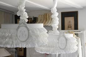 abat jour romantique chambre suspension abat jour froufrou dentelle blanche volant shabby chic