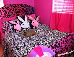 Playboy Bunny Bedroom Set by 26 Best P L A Y B O Y Images On Pinterest Be D Eggs And Fan Art
