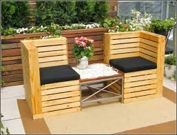 Palet Patio Patio Furniture Made From Wooden Pallets Photo Pallet Lawn