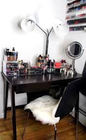 How To Organize Your Desk My Beauty Corner How To Organize Your Makeup In A Small Space
