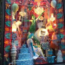 holiday windows that wow