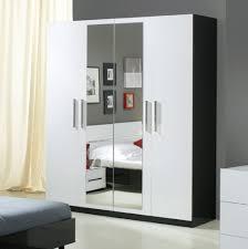 chambre a coucher blanche laquee en armoire decoration blanche miroir chambre porte secret set