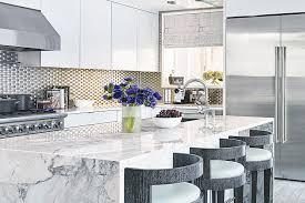 pics of kitchen backsplashes a less drama kitchen backsplashes get sleeker the