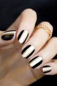 Nail Art Designs For New Years Eve New Year U0027s Eve Nail Art Ideas As Pretty As Your Party Dress