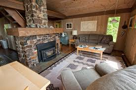 North Shore Cottages Duluth Mn by Secluded Blacklock Cottage At Cove Point Lodge On Lake Superior