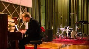 Radiohead Live In The Basement 720p Thom Yorke From The Basement 4 Songs Youtube