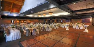 wedding venues omaha the club at indian creek weddings get prices for wedding venues