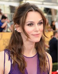 wearing ear cuffs get keira knightley s edgy statement jewelry without spending a