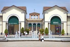 designer outlets outlet shopping vacavilla