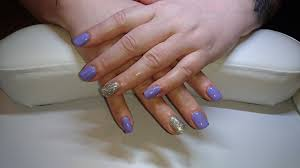 interview with a bluesky gel polish mobile nail technician