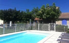 chambre d hotes avignon piscine la farigoule chambres d hôtes près d avignon
