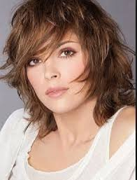 even hair cuts vs textured hair cuts 19 best medium textured hairstyles images on pinterest plaits