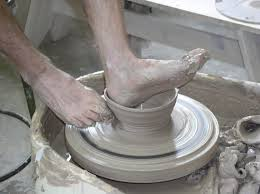 throwing a pot 7 best throwing a pot with his feet images on pinterest pottery