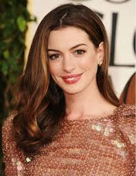 brunette easy hairstyles anne hathaway s shoulder length brunette hairstyle 02 hairstyles