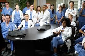 grey u0027s anatomy season 14 cast returns to work