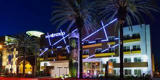 Queen Hotel Cloud Collection Luxury Hotel In Anaheim Ca Near Disneyland Hotel Indigo Anaheim Ihg