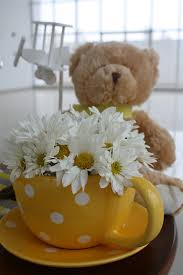 teddy centerpieces for baby shower centerpiece but with different flowers baby shower ideas