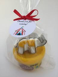 favor favor best 25 circus party favors ideas on carnival party
