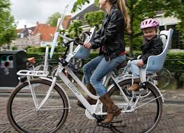 conseils et solutions pour emmener un enfant à vélo