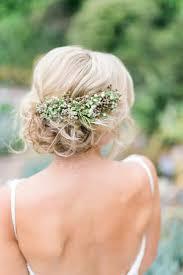 Hochsteckfrisurenen Hochzeit Mit Blumen by Die Besten 25 Hochzeitsfrisuren Ideen Auf
