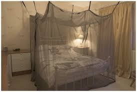 protection style bed canopy