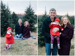christmas tree farm mini sessions annapolis family photographer