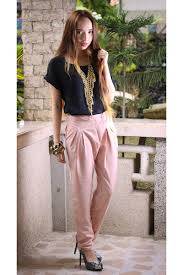 lights you can wear you can shop fashion dilemma what to wear with light pink pants