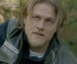 how to get the jax teller hair look 581 best sons of anarchy images on pinterest charlie hunnam jax