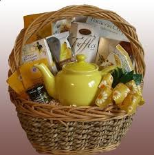 What To Put In A Wine Basket 29 Best Wine Baskets Images On Pinterest Gifts Gift Basket