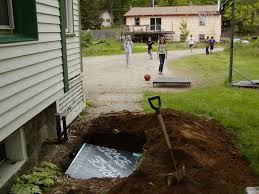 underground roof divert water away from foundation houses