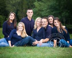 best 25 large family portraits ideas on family