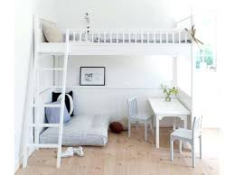 chambre fille lit mezzanine chambre enfant lit mezzanine un lit mezzanine pour enfant 6 ans et
