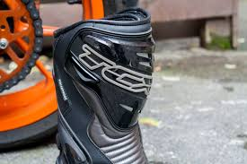 tcx motorcycle boots review tcx s speed waterproof boots visordown