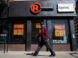 when does target open on black friday day radioshack closing 1 000 stores leaves only these 70