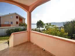 th00597 apartments komadina a3 three bedrooms vlasici island of