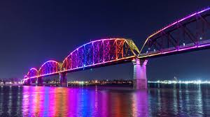 big four bridge shines a light on louisville waterfront