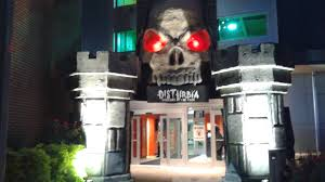 haunted house review disturbia screams in the park