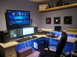 Dual Monitor Computer Desks Best Multiple Monitor Pc Desk Images On Pinterest Gaming Unusual
