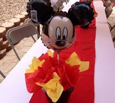 mickey mouse centerpieces real party inspiration xavier s mickey mouse clubhouse birthday