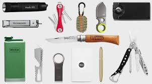 10 Must Carry On Essentials by Everyday Carry 15 Edc Essentials 20 Hiconsumption